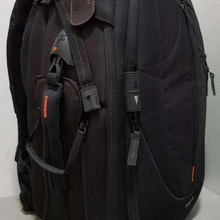 Vanguard DSLR backpack (Almost New) UP-Rise 46 Camera Bag
