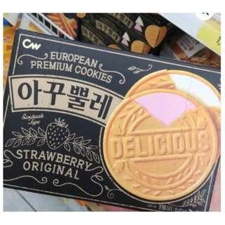 現貨.韓國空運 CW 法式頂級 草莓 香草 夾心薄煎餅