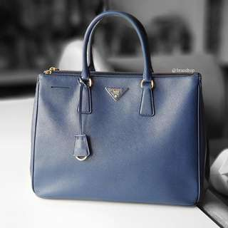 Authentic Prada Blue Saffiano Lux Tote BN1786