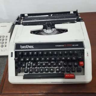 Brother Typewriter! Mesin ketik manual Jarang adaa👌👌