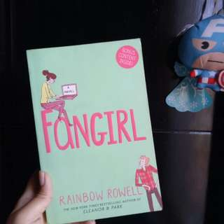 PRELOVED FANGIRL RAINBOW ROWELL