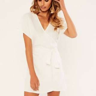 Glassons white wrap linen dress size 6, would fit 6-8