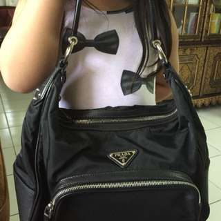 Prada hobo bag (black original)