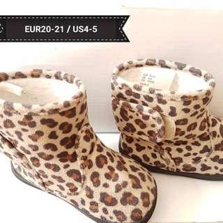 H&M kids leopard print shoes