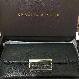 🈹❗️Charles and Keith wallet 長銀包