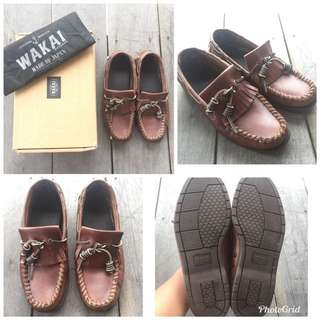 wakai brown loafer