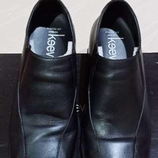 Sepatu Pantofel Keeve