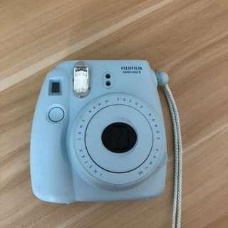 Fujifilm Polaroid camera (instant mini 8)