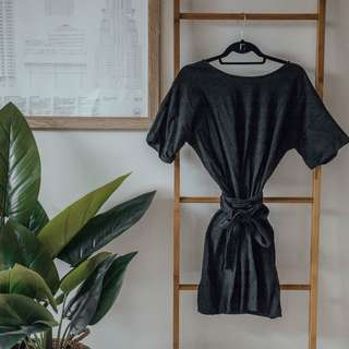 ZARA - Black T Shirt Dress ✧ Tara Milk Tea
