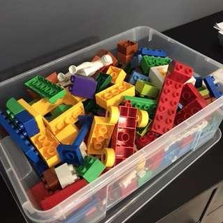 Mix of Lego and Megablock