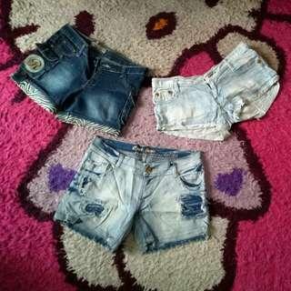 Celana pendek 120 dapet 3 jeans