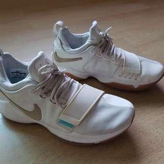 Nike PG1 Ivory US10