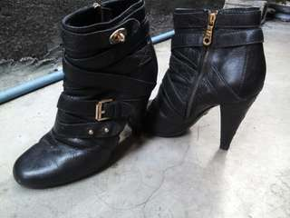 Mulberry boots