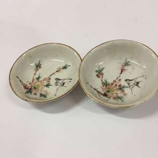 [51 TSCUT 038] Vintage birds saucers