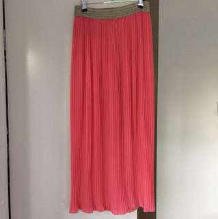 Pleated coral long skirt
