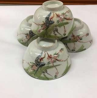 [51 TSCUT 047] Vintage bowls