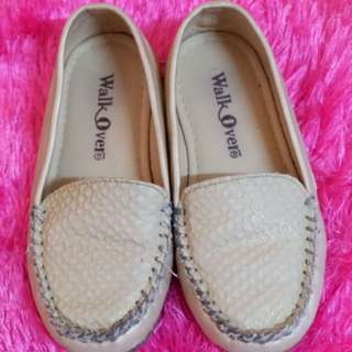 Walk Over girl's loafers