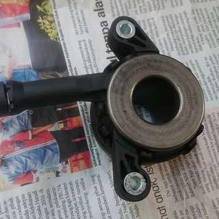 Clucth Bearing Bawah untuk kereta Proton Inspira Manual.