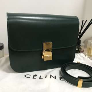 Celine box bag in Dark Green