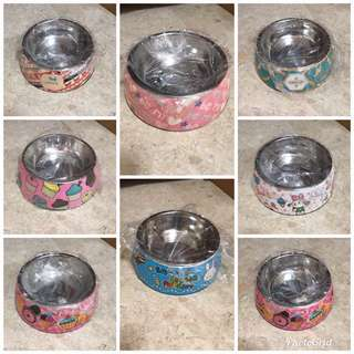 Pet dishes, selling everything as a set