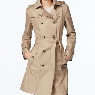Trench coat (khaki)