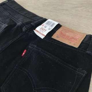 Levi's Black Skinny Jeans BRAND NEW
