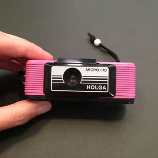 HOLGA Micro-110 in pink