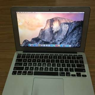 Apple Macbook Air 11 Inch A1465 Core i5