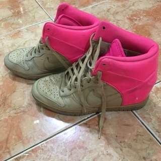 Nike sky high vanchetta pink