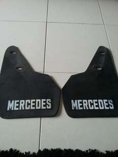 Mercedes mud flap
