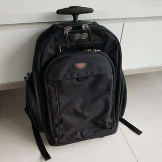 NXT travel bag with extendable handle and two wheels