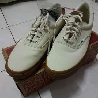 Vans white gum
