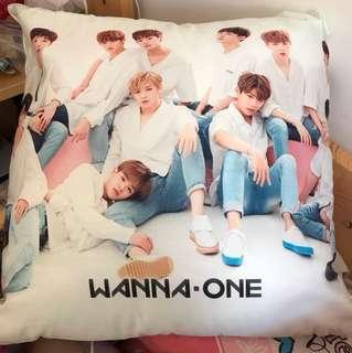 WANNA-ONE 抱枕
