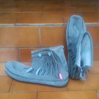 Sepatu WAKAI kulit asli