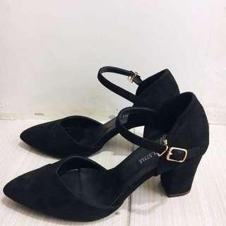超美❤️全新 几皮 尖頭 高跟鞋 黑鞋 尺寸23 -24