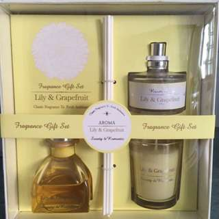 Fragrance Gift Set - Lily and Grapefruit