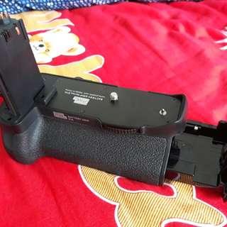 BG -E16 3rd party Battery Grip for 7d mark II