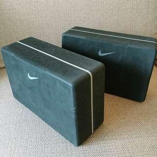 Nike Essential Yoga Blocks