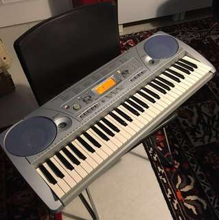 PSR 275 limited YAMAHA Keyboard /Piano LIKE NEW CONDITION