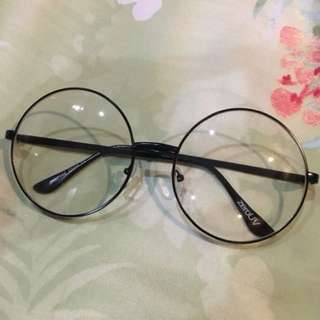 Kacamata boboho bulat