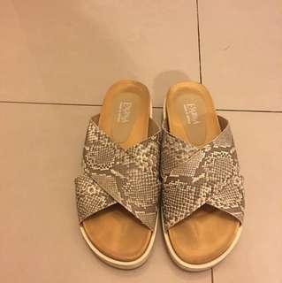 日本Esperanza蛇皮拖鞋