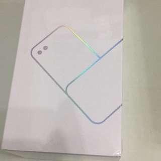 Asus zenfone4 selfie(有保養未開封)