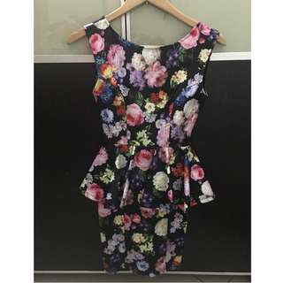 Pre loved Topshop floral peppum dress