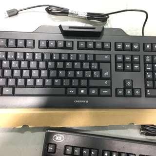 Cherry 仿機械式鍵盤