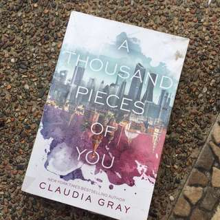 A Thousand Pieces of You -Claudia Gray