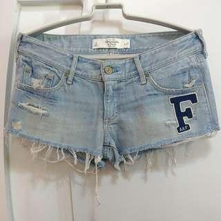 A&F 洗水 短牛仔褲 熱褲