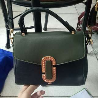 Zalora sling bag