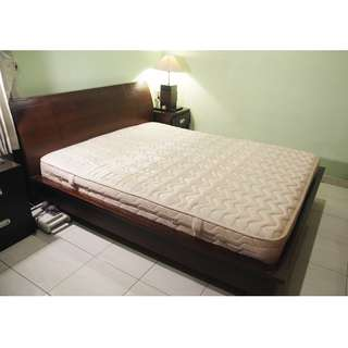 Queen Size Wooden Bedframe