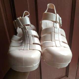 Sepatu Jelly WEEL Like New