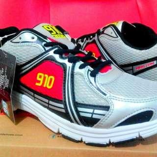 VENOM sepatu pria Power original shoes